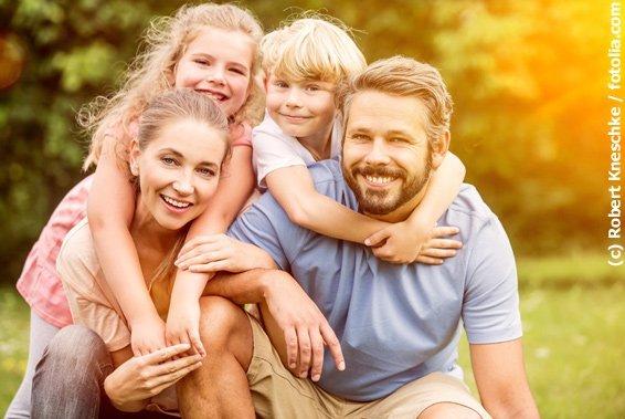 Glückliche Familie dank Hyposensibilisierung